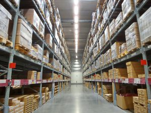 Warehouse inventory with empty aisle