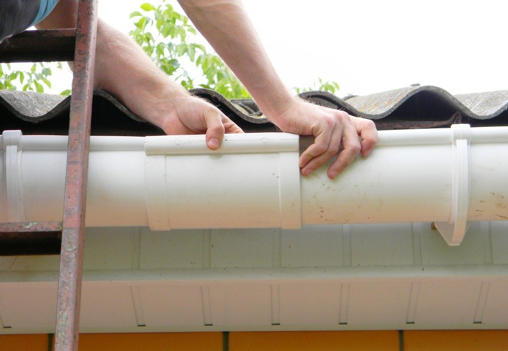 Installation of gutter