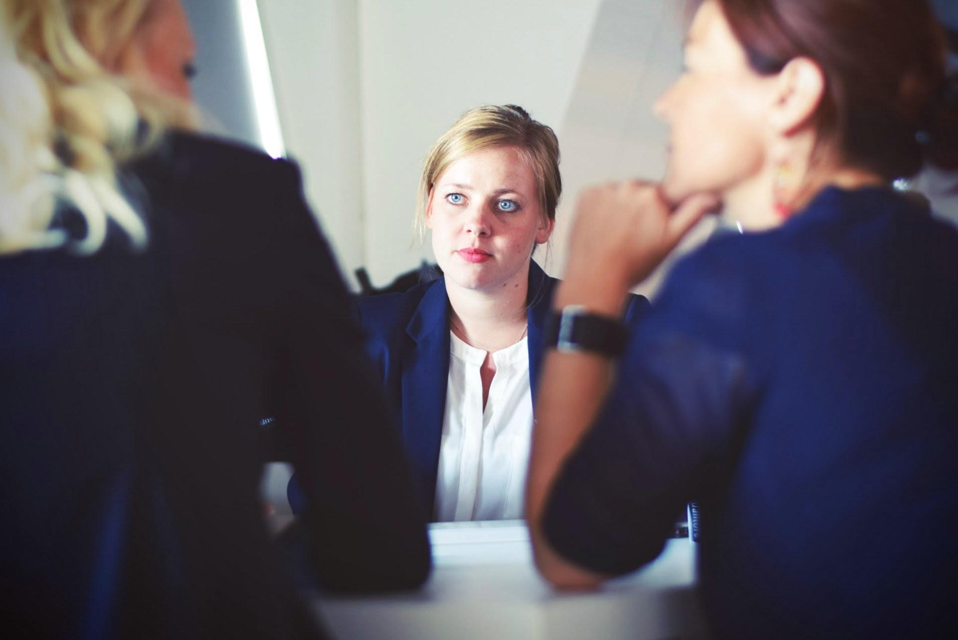 woman-at-middle-of-an-interview