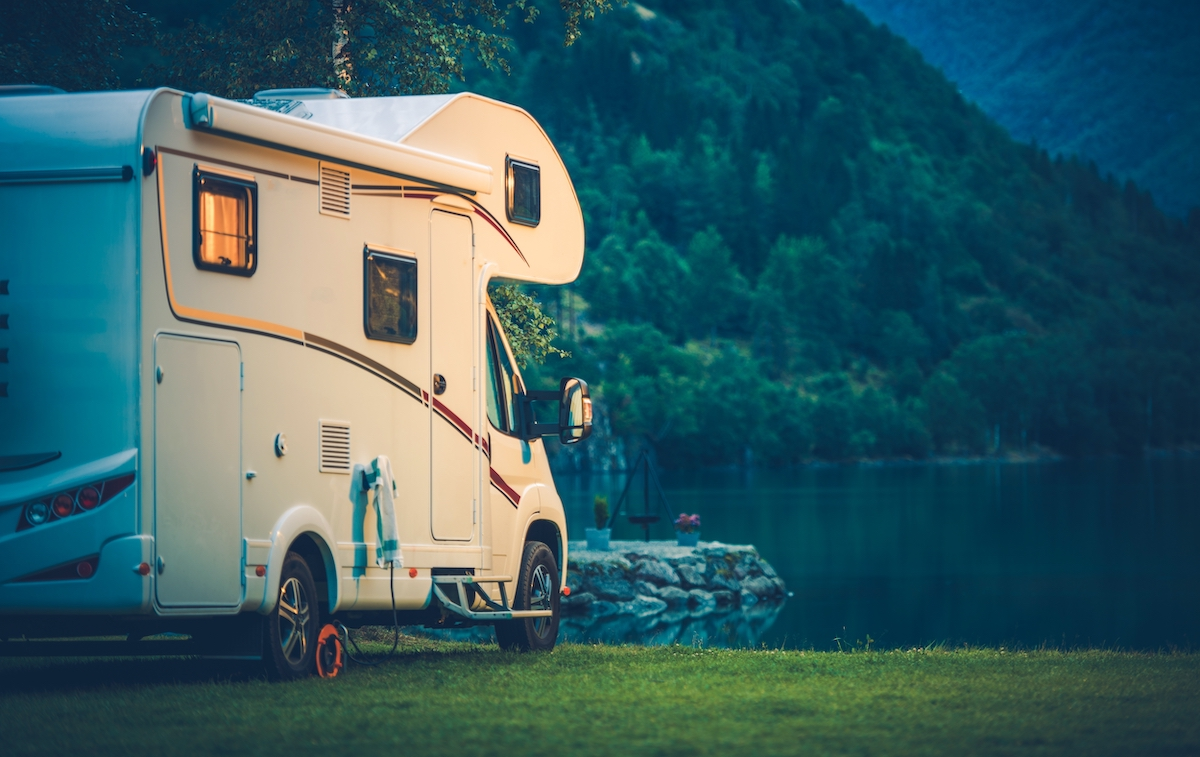 rv camper by the lake
